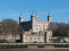 280px-Tower_of_London,_April_2006