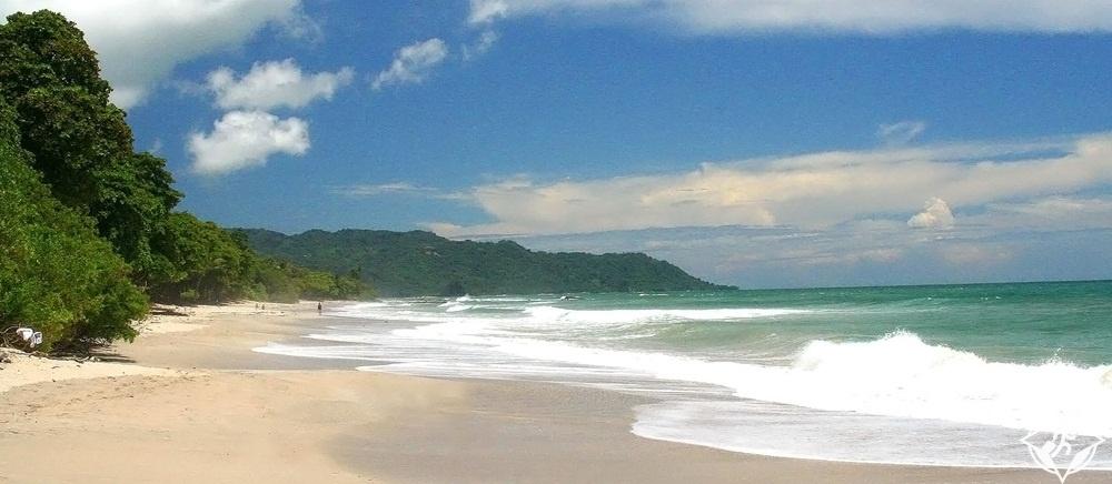 السياحة-في-كوستاريكا-مال-بايس